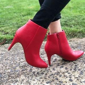 Women's Apt 9 Watch Red Ankle High Heel Boots. New